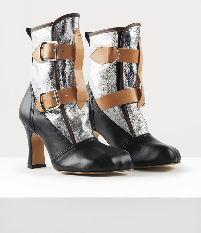 Bondage Boots Silver 2