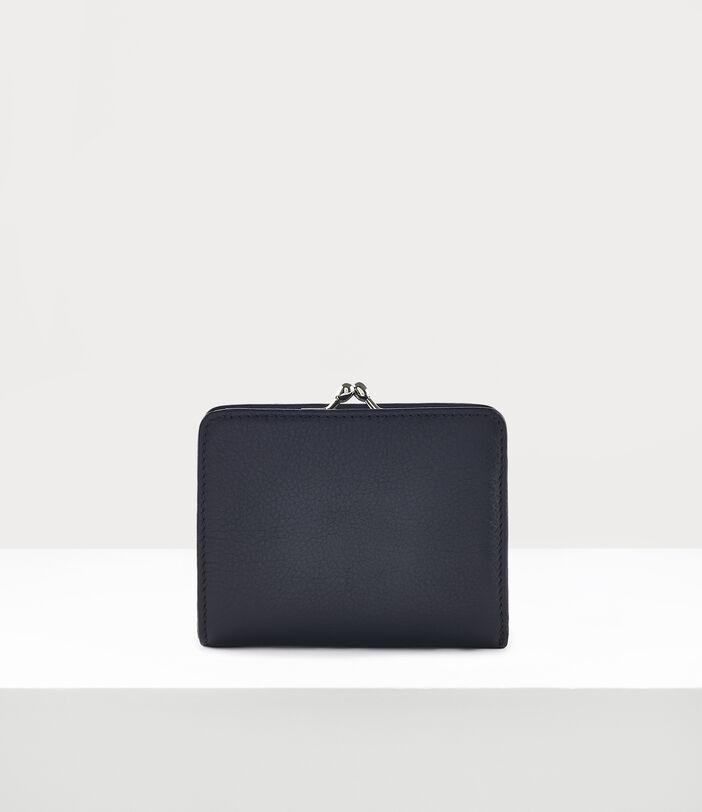 Chelsea Wallet With Frame Pocket Black 4