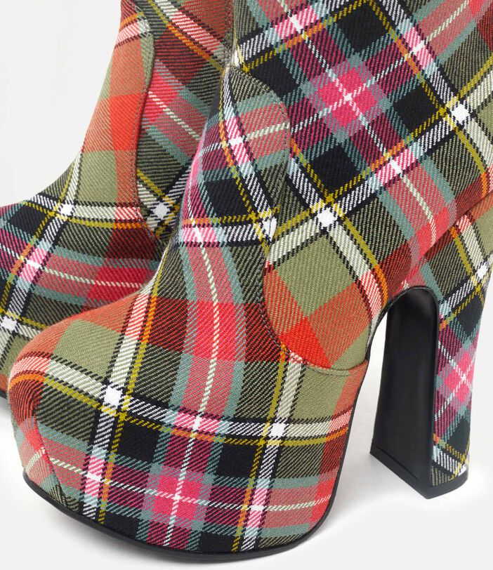 Elevated Boots Tartan 4