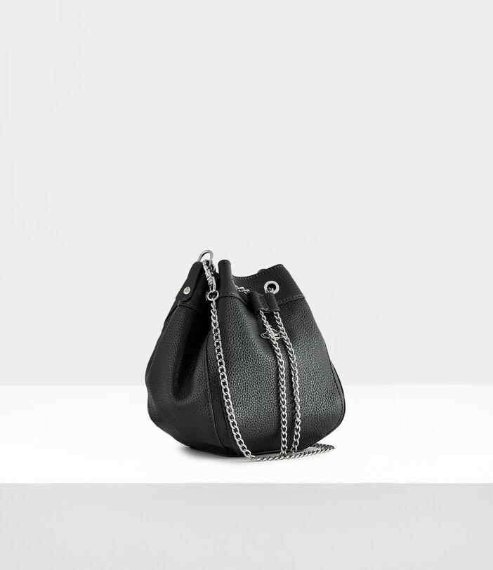Johanna Bucket Bag 4