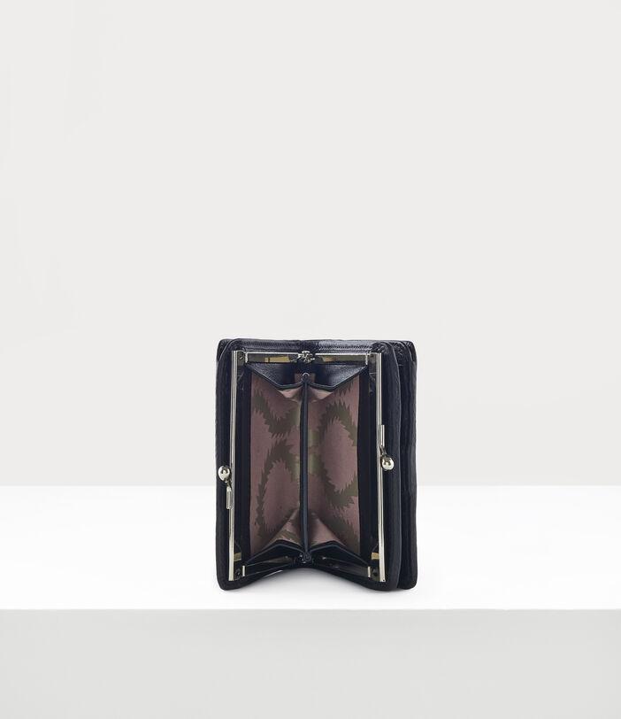 Chelsea Wallet With Frame Pocket Black 5