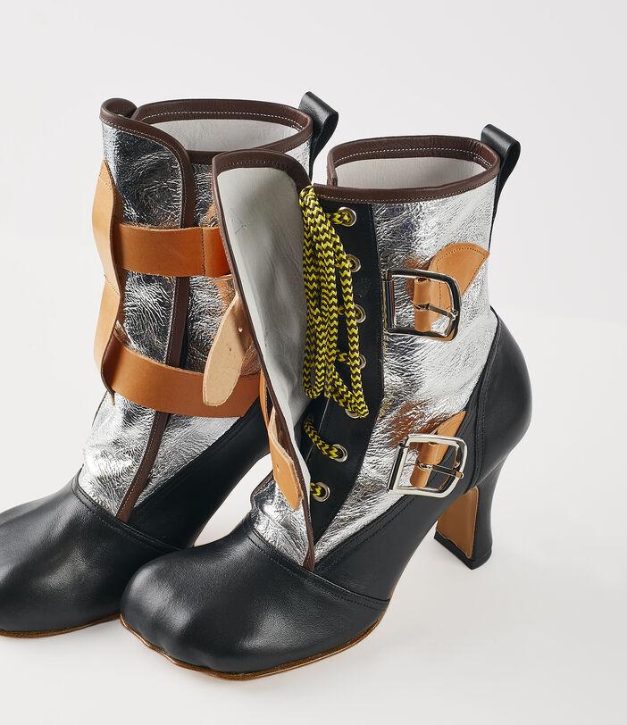 Bondage Boots Silver 4