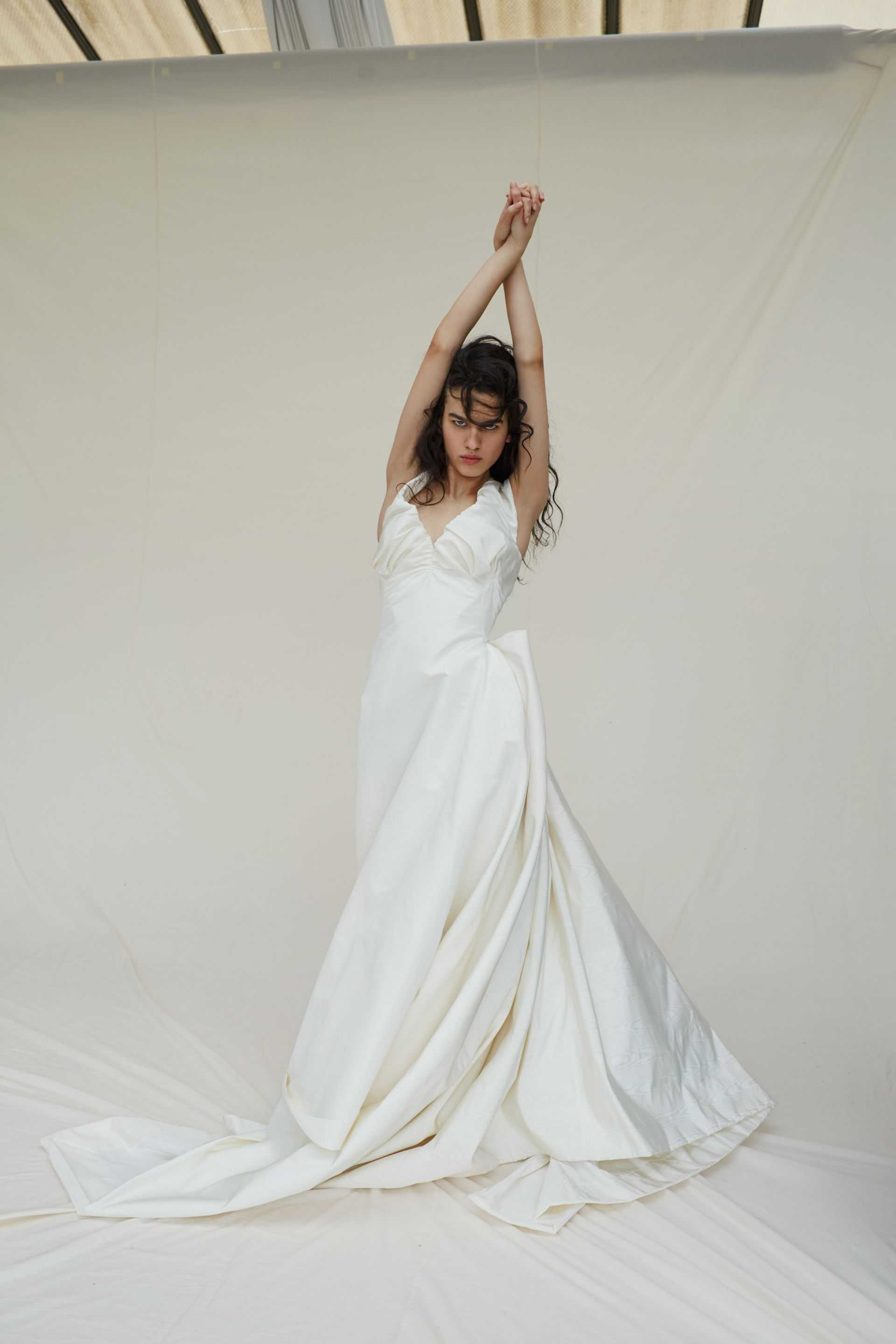 Shop The Look Long Sandy Gown In Ivory Silk Taffeta: Taffeta Lace Wedding Dress Look No At Reisefeber.org